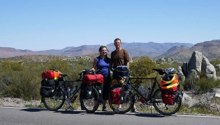 Sheila Poettgen. & Kai Mikkel Forlie of 2cycle2gether.com in Baja.
