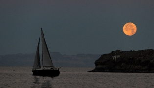 Sailing under a full moon on the Bay of La Paz
