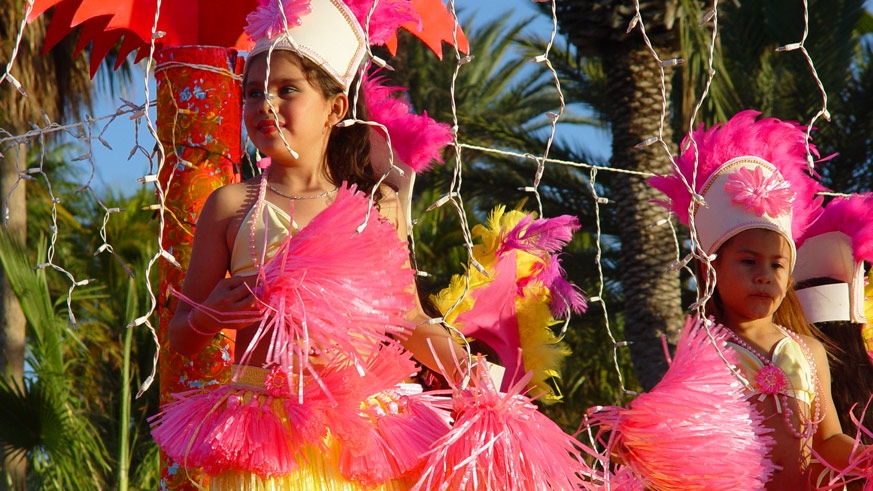 The Carnaval La Paz parade is a family production