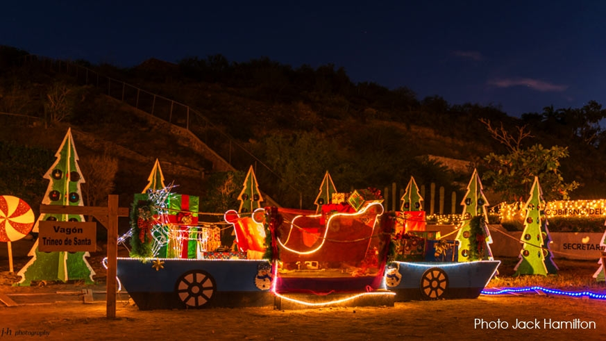 Light display at the Department of Education facilities in La Paz
